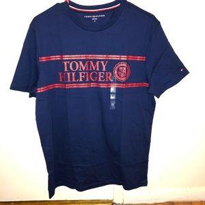 NWT Tommy Hilfiger print navy blue T-shirt